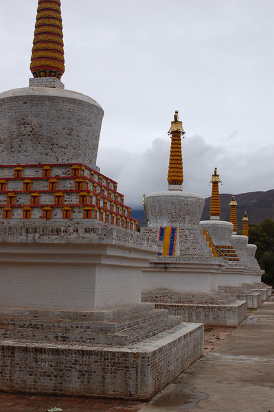 Chortens outside the Lower Wutun Monastery