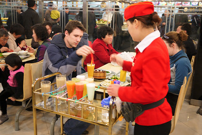 Food court drink service in Shanghai, China