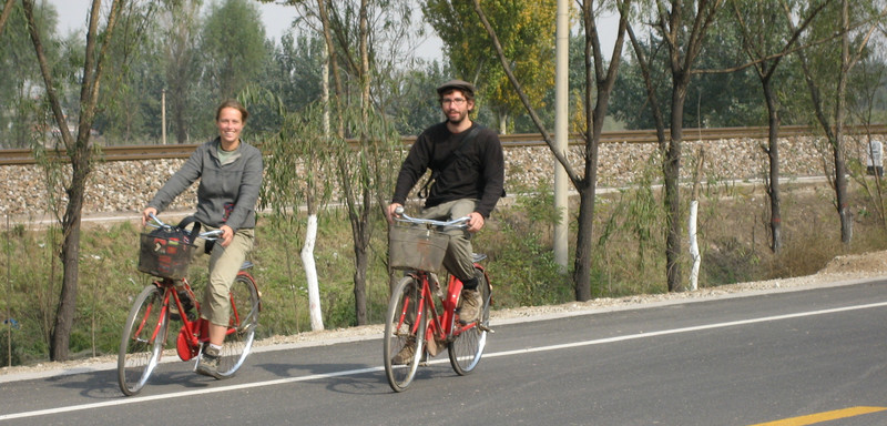 Emilie and Yann biking to Shuanglin Temple through the Shanxi countryside