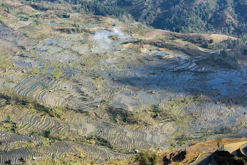 Amazing-Honghe-Hani-rice-terraces,-late-day,-Laohuzui,-Yunnan-Province,-China