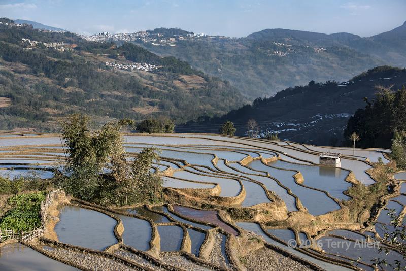 Villages-and-rice-terraces,-Quanfuzhuang,-Yuanyang,-Yunnan-Province,-China