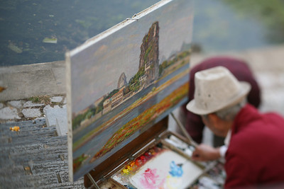 Painter, Lijiang River, Guilin, China