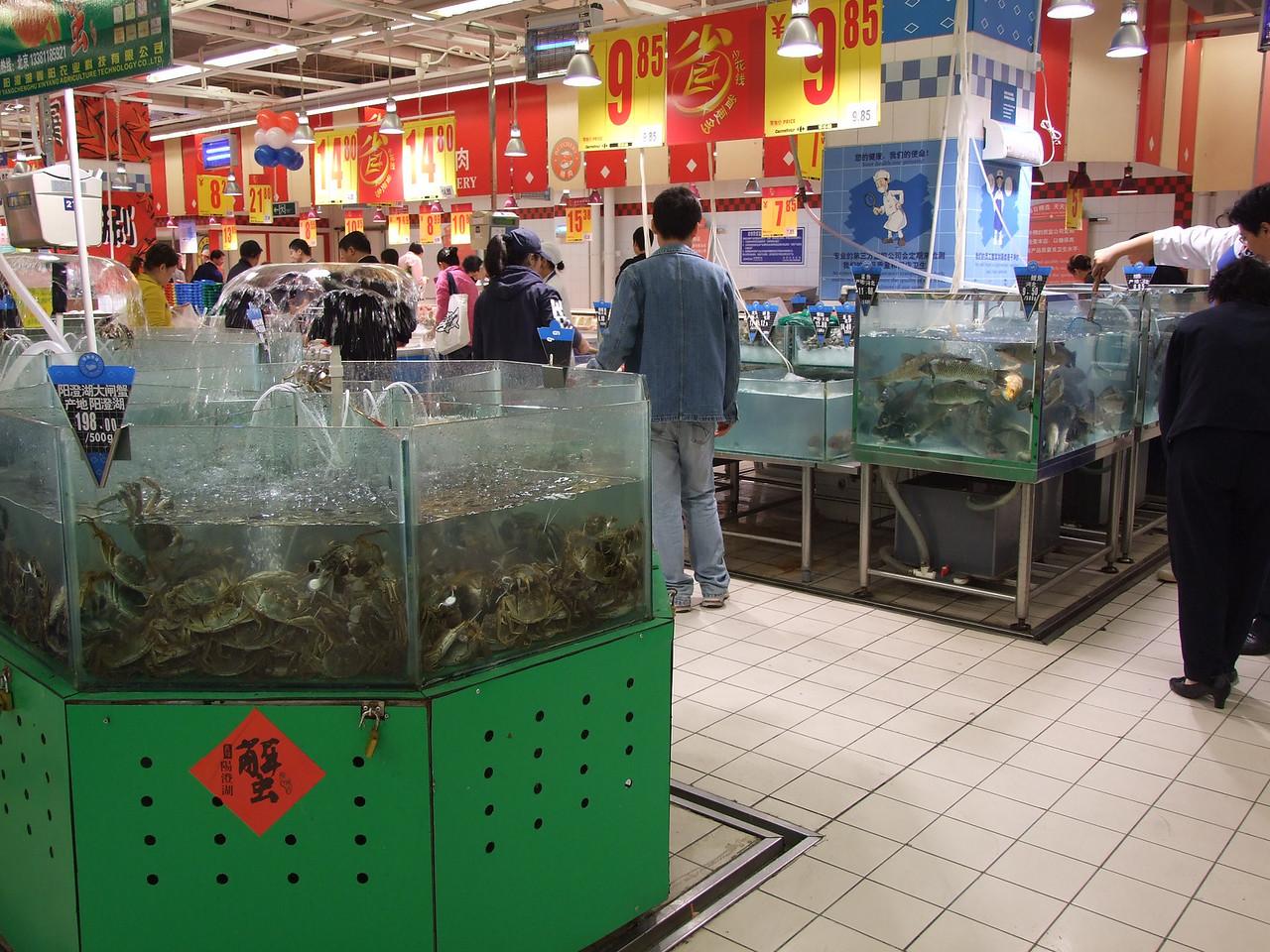chez Carrefour - les crabes (i granchi)