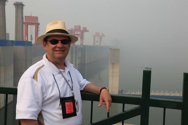 Three Gorges Dam, Wal Mart