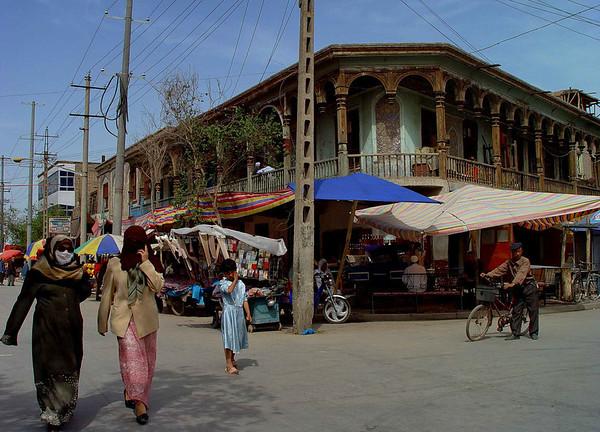 Kashgar street scene DSC01762