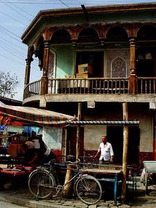 Kashgar corner building DSC01787