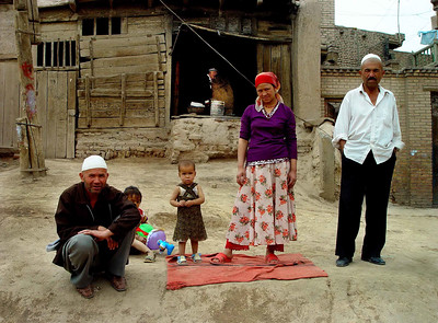 Family Old Kashgar DSC01619