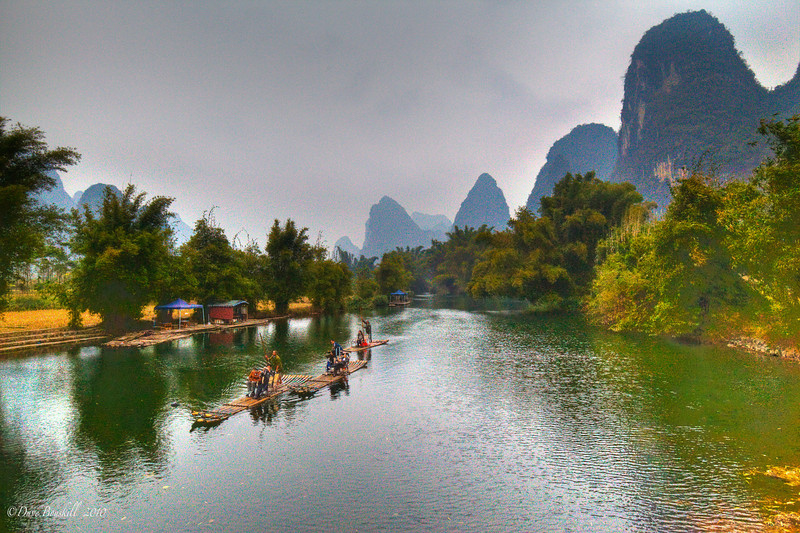 Sightseeing while cycling in Yangshuo China