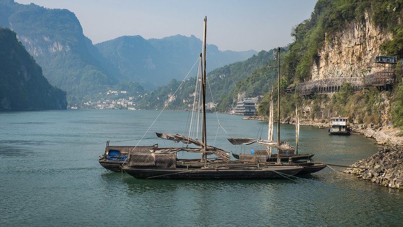 Fisherman Boat on Yangtze River