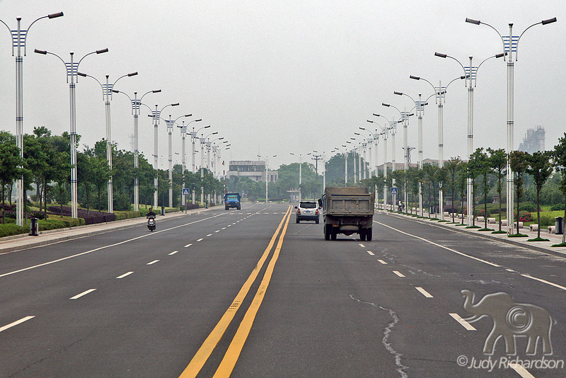 Yue Yang Road to Ship Dock