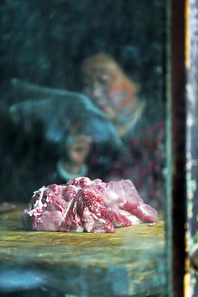 Butcher in Píngyáo 平遥, China