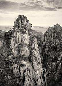 Huang Shan. Rock
