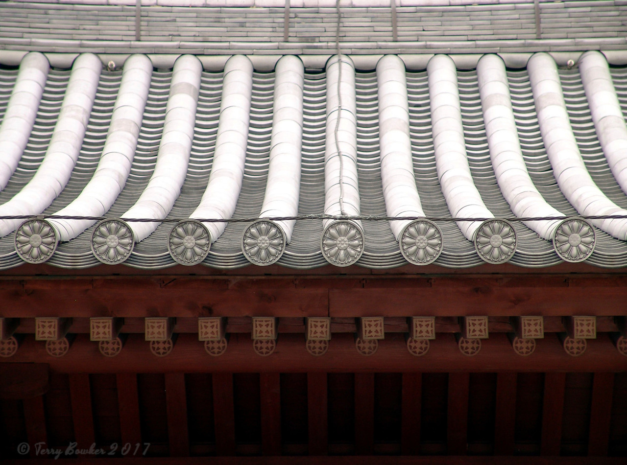 Chi Lin Nunnery<br /> Buddhist nunnery in Diamond Hill, New Kowloon, Hong Kong. The present-day buildings have been rebuilt and their style is of Tang architecture. The beautiful garden in front of the nunnery is open to the public free of charge.Its buildings are the only ones to be built with wooden rooftops in modern Hong Kong, without the use of a single nail in its construction. This is based on a unique architectural style from the Tang Dynasty which uses special interlocking systems cut into the wood for construction.<br /> Covering a space of 30,000 square meters, Chi Lin Nunnery has strikingly beautiful statues of the Sakyamuni Buddha, the goddess of mercy Guanyin and other bodhisattvas. These statues are made from gold, clay, wood and stone.