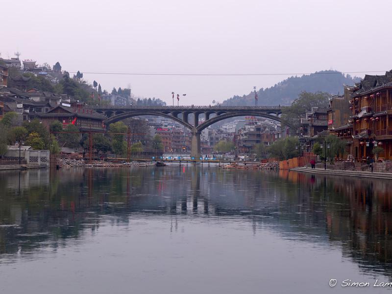 Feng Huang_2011 12_4491767