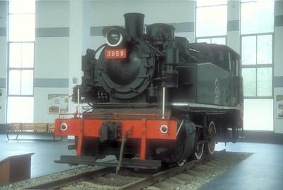 XK13-3858ShenyangRailwayMuseum18-10-2004