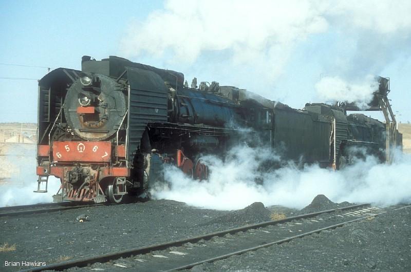 QJ 6567 + QJ 2389 Dongsheng locomotive depot. 1st November 2001