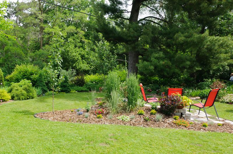 Garden Stroll-4885