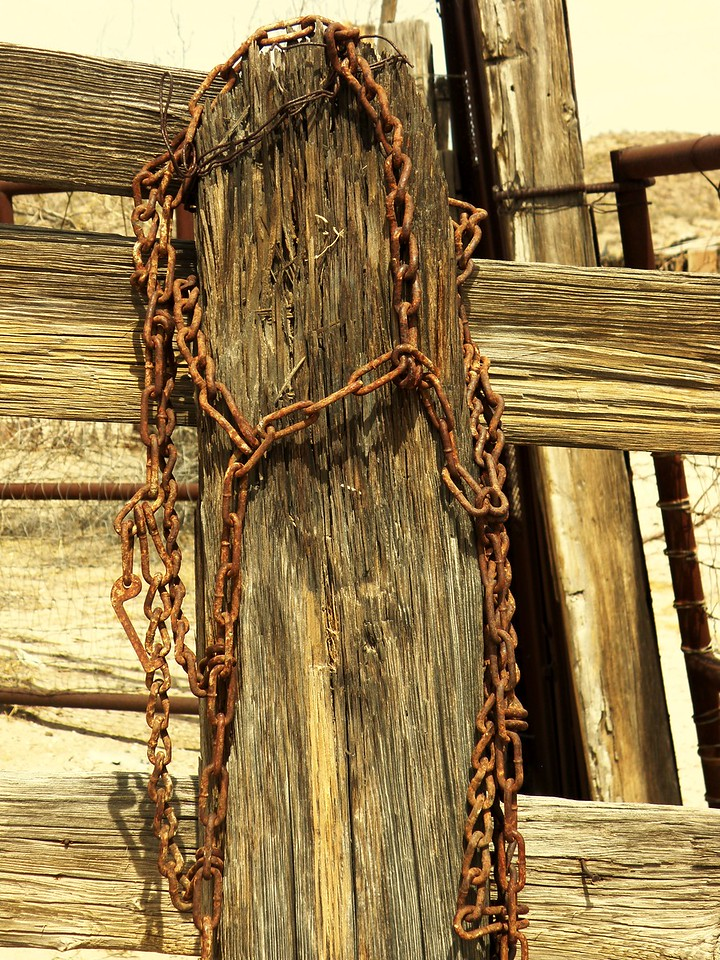 Rusted Chain on the Post