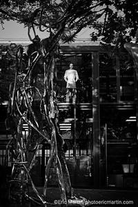 L'IMMENSE SCULPTURE DE TEDDY RINNER REALISEE PAR LE CHOCOLATIER PATRICK ROGER.  L'atelier de Patrick Roger à Sceaux