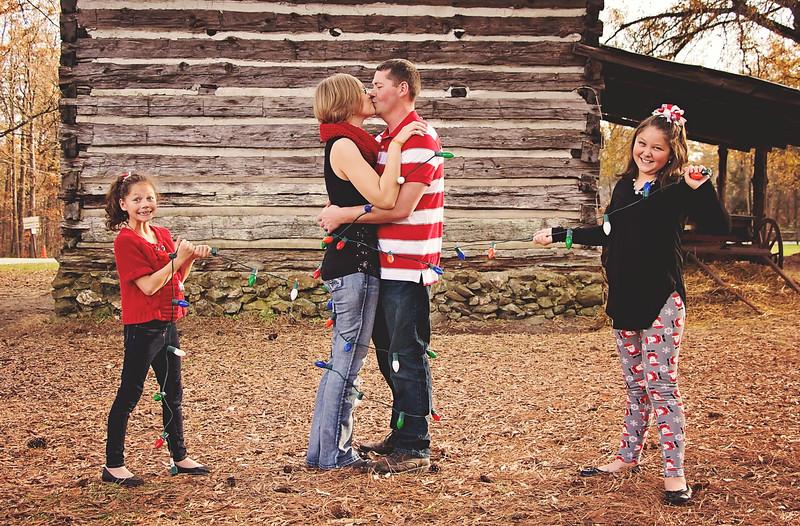 05 Meryl and Chris Faulkner Family Photos
