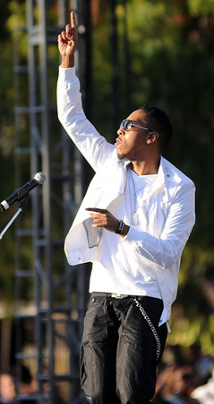 Deitrick Haddon hotter then the weather at Gospel Fest 2008, Southern California.