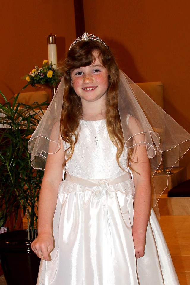 2012 04 28 Brookes Communion (39) edit 4x6 Upclose
