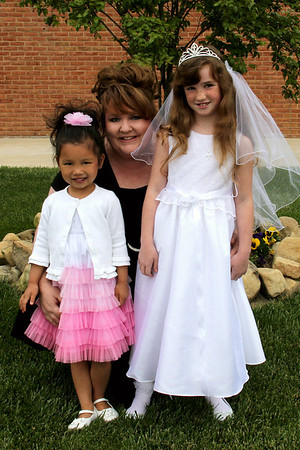 2012 04 28 Brookes Communion (03) edit 4x6