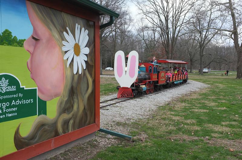 Easter Egg Hunt 2016 Terre Haute City Parks