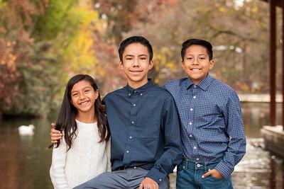 Christmas Hernandez Family-3356