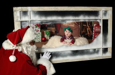 _DSC0986 santa window