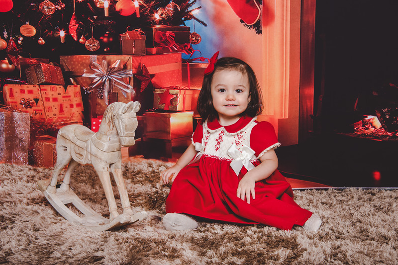 6 Studio Christmas Family Photography in London 2020
