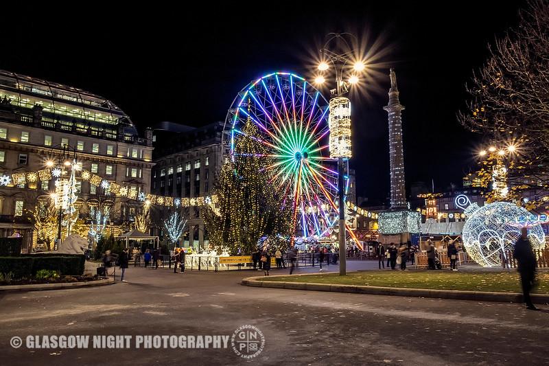 Looking into George Square at the Big Wheel