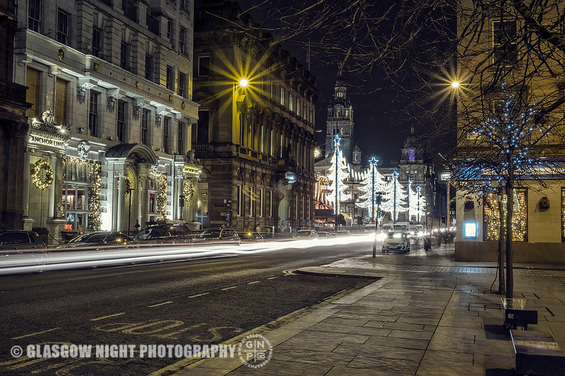 St. Vincent Place looking into George Square
