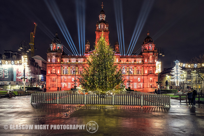 Glasgow City Chambers lit up for Christmas