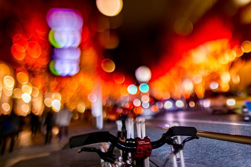 red bicycle - 赤い自転車