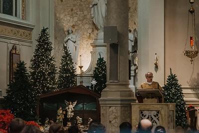 _NIK9433 Christmas St  Peters Steubs LatinMass