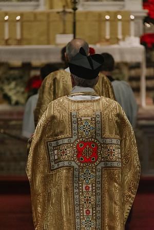 _NIK9280 Christmas St  Peters Steubs LatinMass