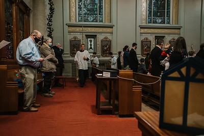 _NIK9236 Christmas St  Peters Steubs LatinMass