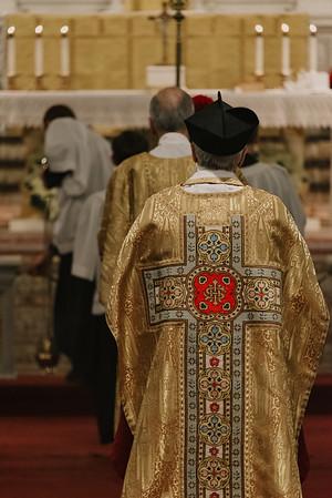 _NIK9285 Christmas St  Peters Steubs LatinMass