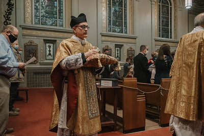 _NIK9266 Christmas St  Peters Steubs LatinMass
