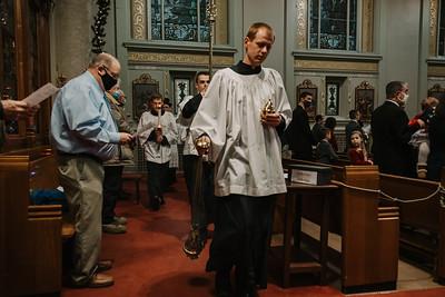 _NIK9239 Christmas St  Peters Steubs LatinMass