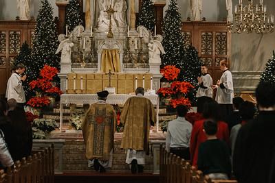 _NIK9303 Christmas St  Peters Steubs LatinMass