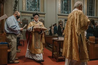_NIK9262 Christmas St  Peters Steubs LatinMass