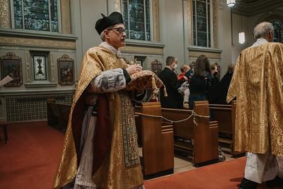 _NIK9268 Christmas St  Peters Steubs LatinMass