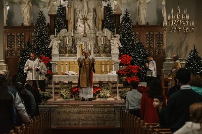 _NIK9410 Christmas St  Peters Steubs LatinMass