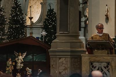 _NIK9439 Christmas St  Peters Steubs LatinMass
