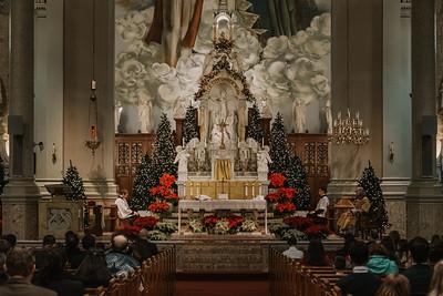 _NIK9400 Christmas St  Peters Steubs LatinMass