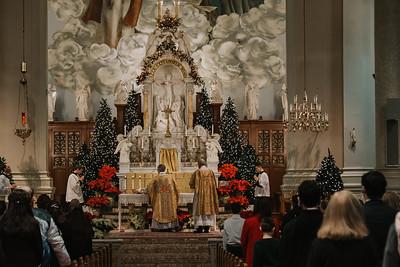 _NIK9369 Christmas St  Peters Steubs LatinMass