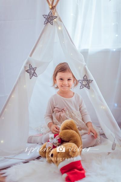 Asmik Christmas Photos