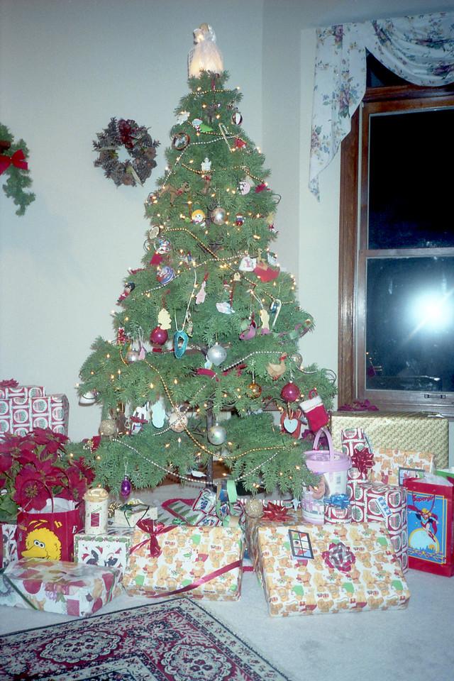 Christmas 1990 (Roll 10)